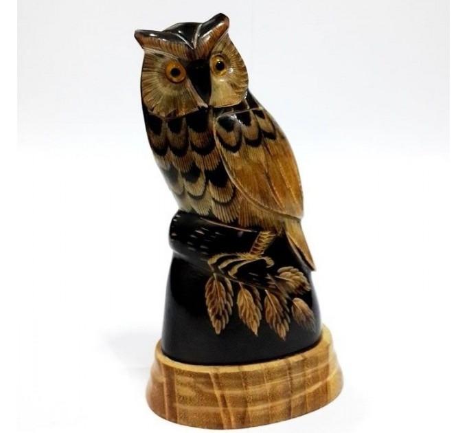 Статуетка сова різьблена