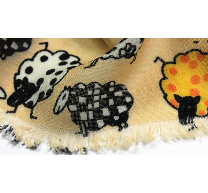 Шарф вовняний з овечками