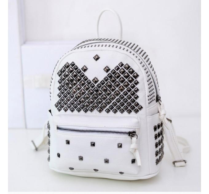 рюкзак c шипами White