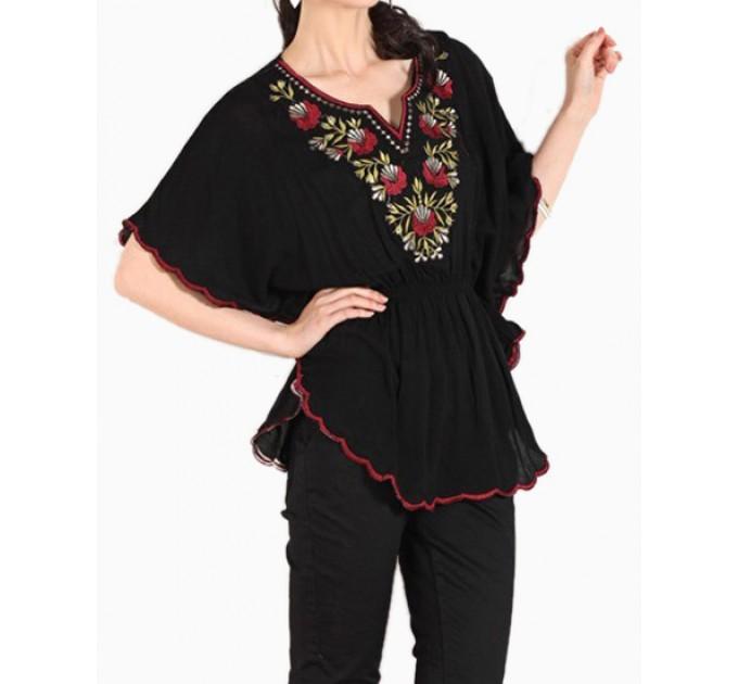 Блузка жіноча чорна вишита