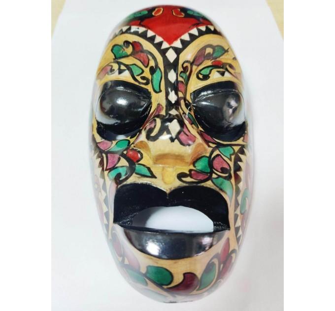маска деревянная Супруг