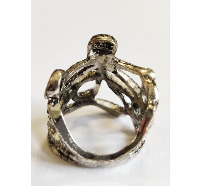 кольцо Спрут