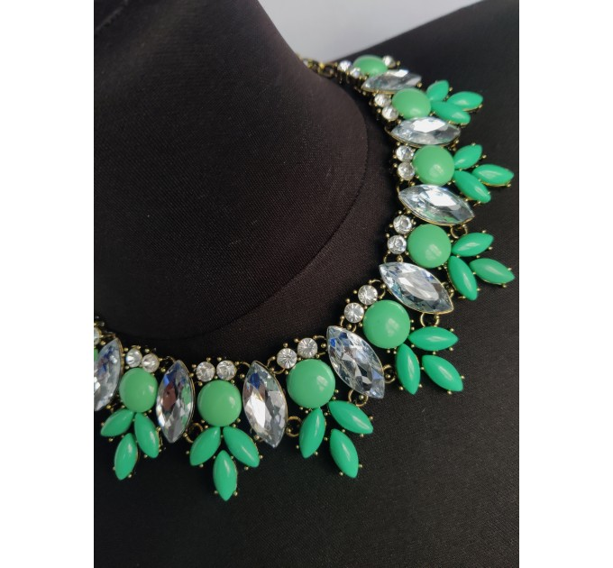 ожерелье Цветное green