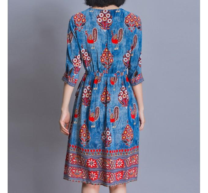 Платье с этно принтом