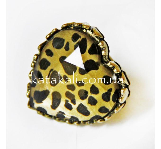 Каблучка леопардова