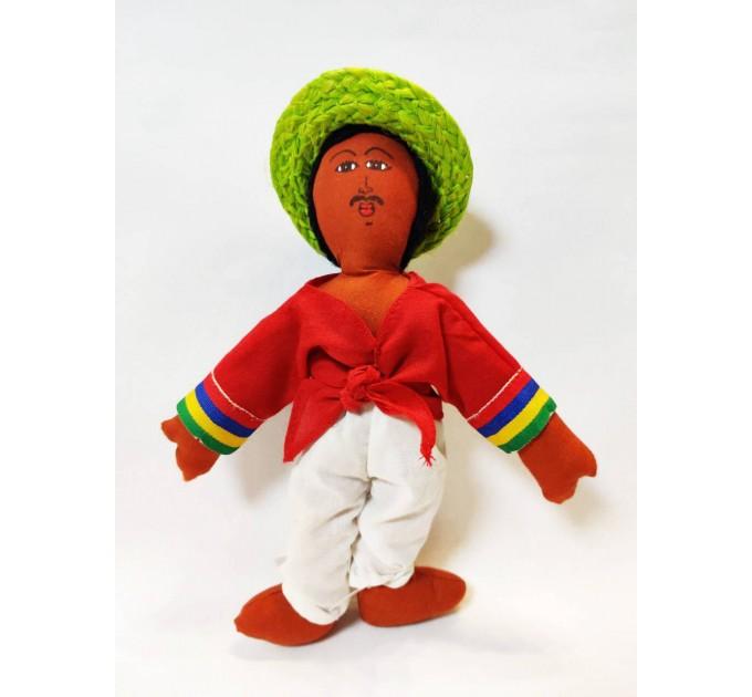 Сувенірна іграшка мулат