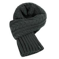 Вязаный шарф косичкой