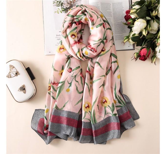 Шовковий шарф рожевий в ромашки