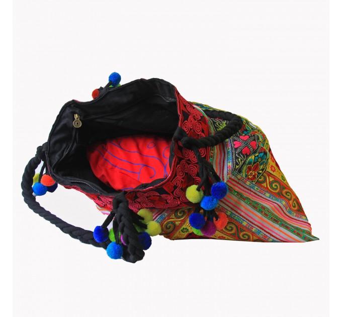 Жіноча сумка в тайському стилі