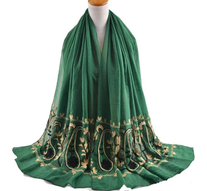 Женский шарф вышивка пейсли