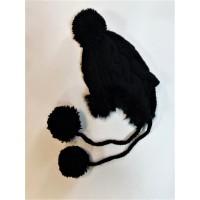 Шапка жіноча з помпонами black