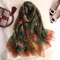 Газовий шарф хустку зелений з квітами