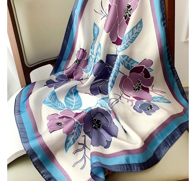 Жіноча шовкова хустка квіткова